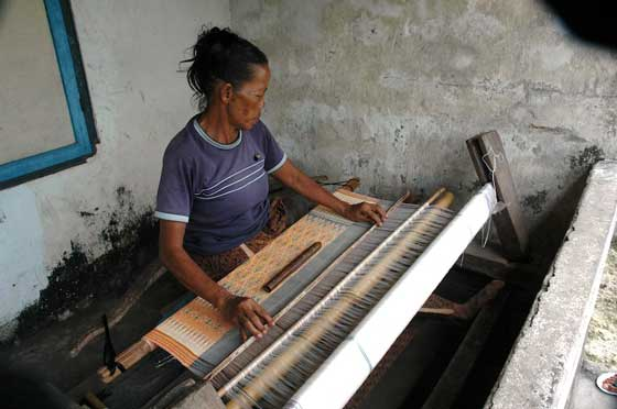 weaving ketut